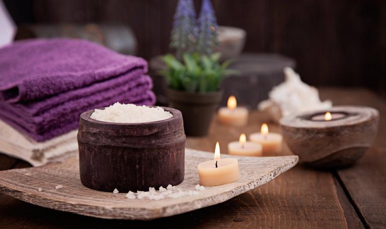 Massage / Facials / Nails / waxing (Unisex)