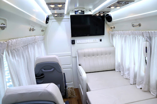 9,12,16,20,26 Seater Tempo Traveller In Delhi By renttempo image 1