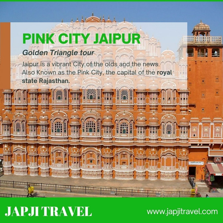 Explore Historical Forts of Jaipur in Innova Taxi hire image 1